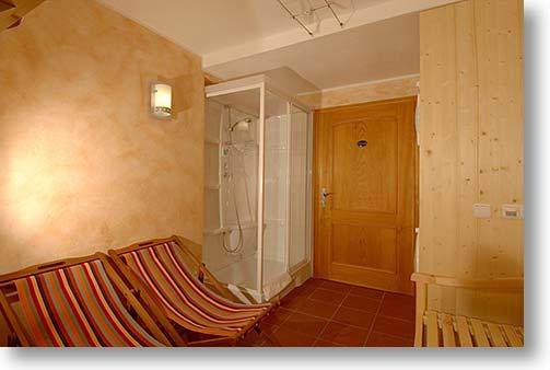 wellnessbereich schlafhzimmer wohnzimmer badezimmer detailansicht apartment oberfeld starnberg