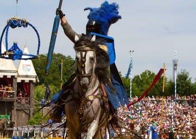stolzer Ritter auf Pferd Kaltenberger Ritterturnier