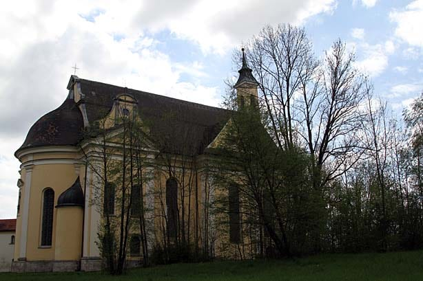 Die Klosterkirche in Grafrath