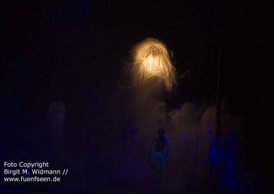 Licht und Ausstattung des Bühnenbildes