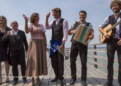 stellvertretende bayerische Ministerpräsidentin Ilse Aigner wird Schönheitskönigin