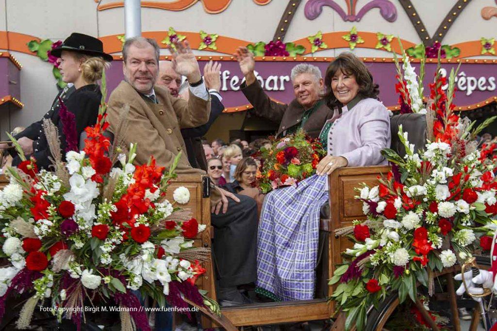 Bürgermeister der Stadt München - Dieter Reiter und seine Frau Petra. Mit dabei, Christian und Michael Schottenhamel.